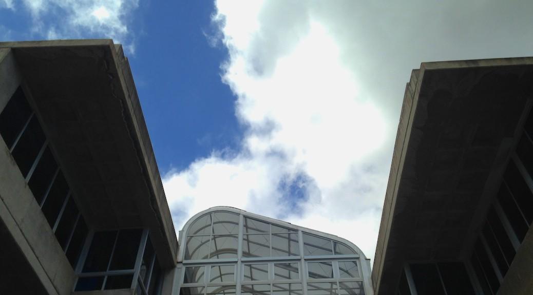 Fachada trasera de la Escuela de Arquitectura de Las Palmas de Gran Canaria