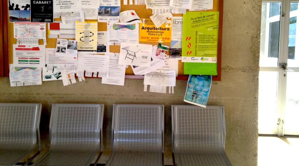 Tablón de anuncios de la Escuela de Arquitectura de Las Palmas de Gran Canaria