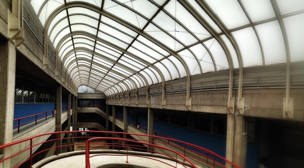Fotografía del lucernario de la Escuela de Arquitectura de Las Palmas de Gran Canaria