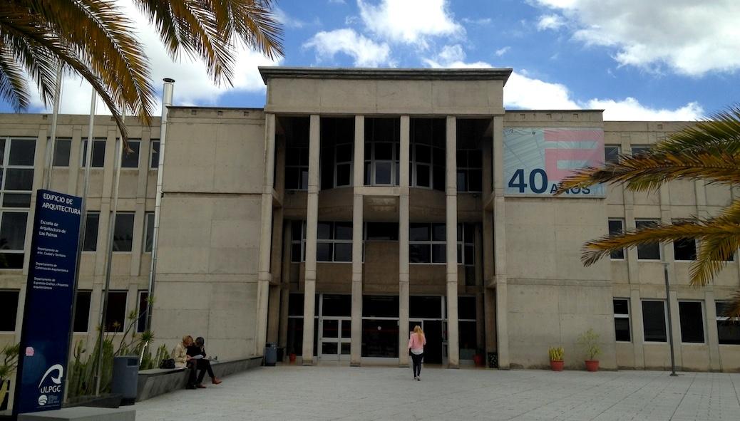 Galer a formato escuela de arquitectura for Decano dela facultad de arquitectura
